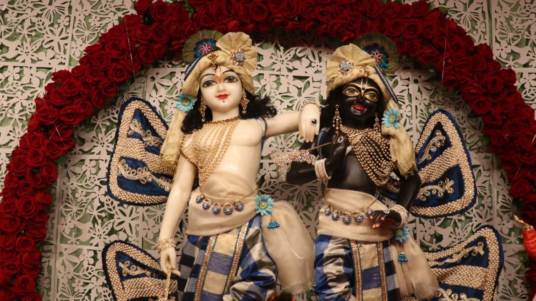 Shri Gurvashtakam